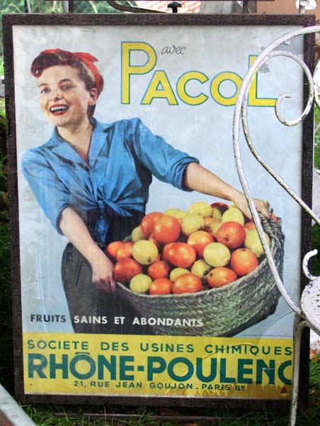 1rhone_poulenc_pacol_chemical_spraying_fruits