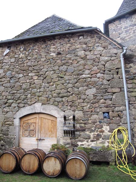 1nicolas_carmarans_cellar_door_below_chai