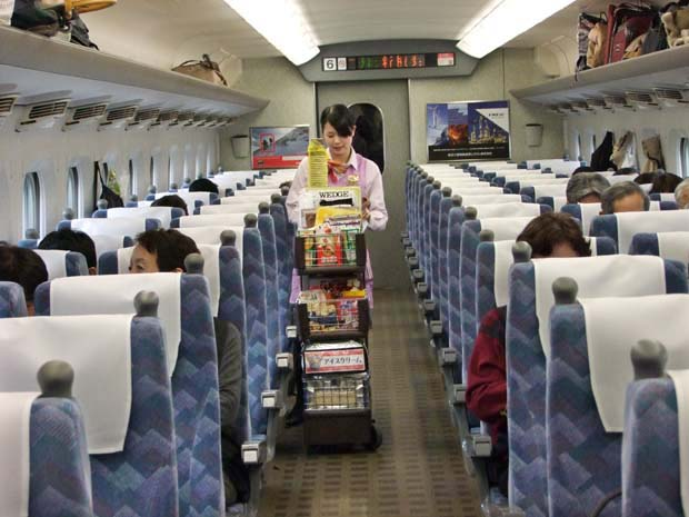1hikari_shinkansen_food_drink_cart