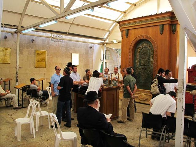 1hebron_cave_patriarchs_synagogue