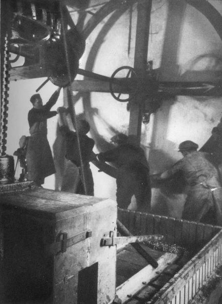 1_1930_vinif_pressoir_manuel_champenois