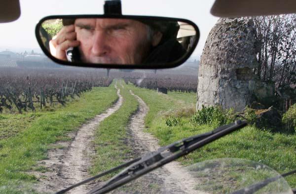 1Pierre_Breton_driving_Clos_Senechal