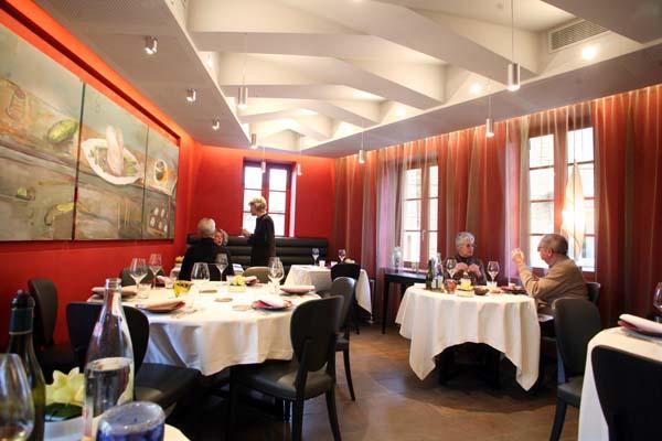 1la_table_chaintre_salle