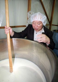 1saito_shuzo_brewery_yeast_tank