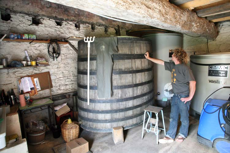 1courault_benoit_old_open_top_fermenter