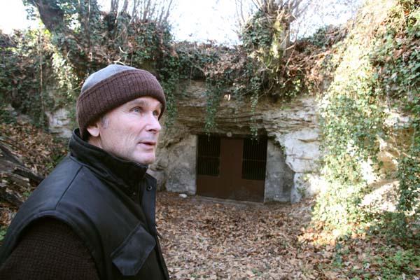 1Pierre_Breton_cask_cellar_other_entry