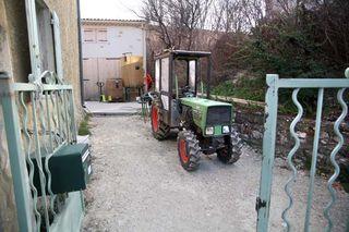 1nicolas_renaud__rhone_clos_des_grillons_tractor