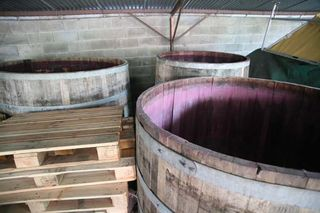 1olivier_lemasson_open_top_wooden_fermenters