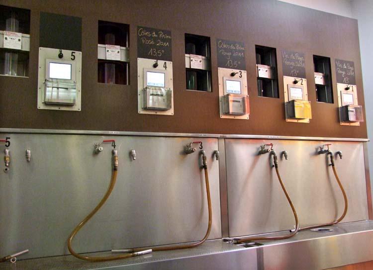 1vacqueyras_coop_bulk_wine_pumps
