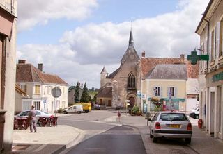 1reuilly_place_eglise