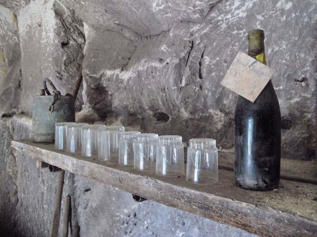 1cave_winery_loire_etagere_verres_bouteille