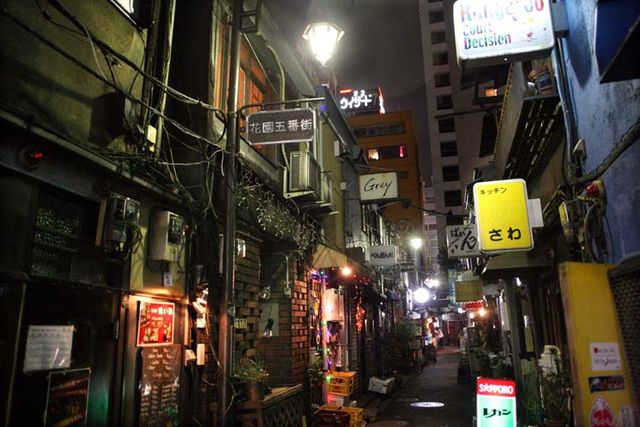 1golden_gai_alley_bars_tokyo_shinjuku