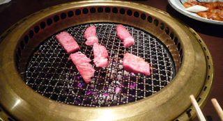 1akihabara_tachinomi_niku-no-mansei_table_grill