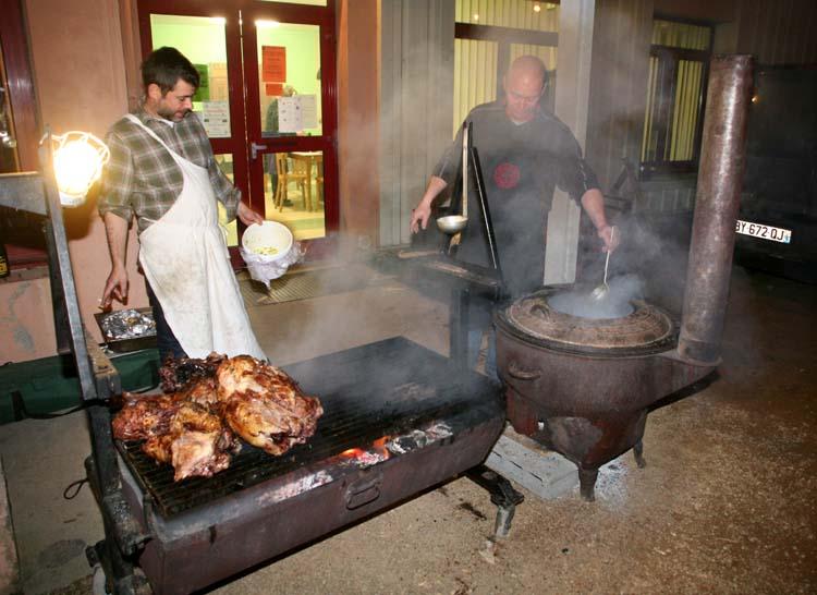 1_10vins_vintners_dinner_harry_lester_outdoor_kitchen