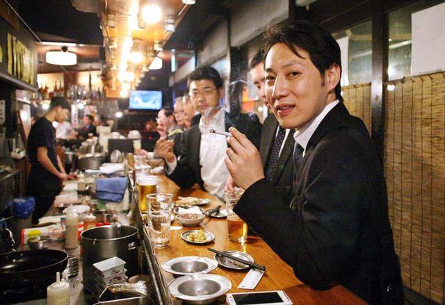1Akihabara_tachinomi_bar_patrons_Tokyo2