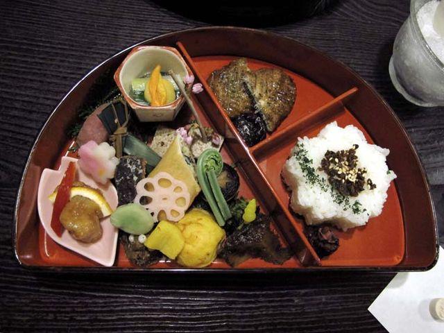 1bon_restaurant_tokyo_lunch_box_bento