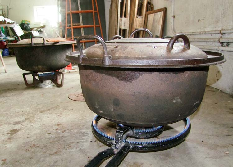 1boudin_noir_cast-iron_pots