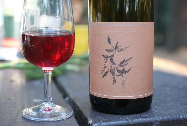 1arnot_roberts_trousseau2011_luchsinger_vineyards