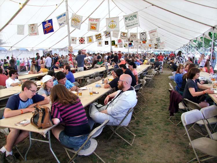 1portland_beer_tent_tables