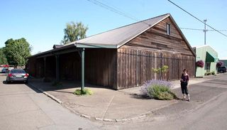 1Eyrie_oregon_winery_facility