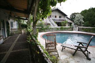 1cafe_de_la_promenade_rooms_pool