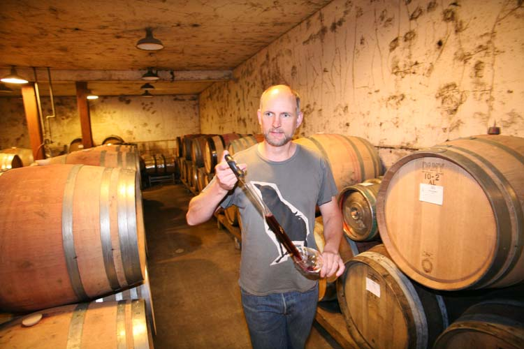1Eyrie_oregon_tasting_pinot_noir_from_barrel