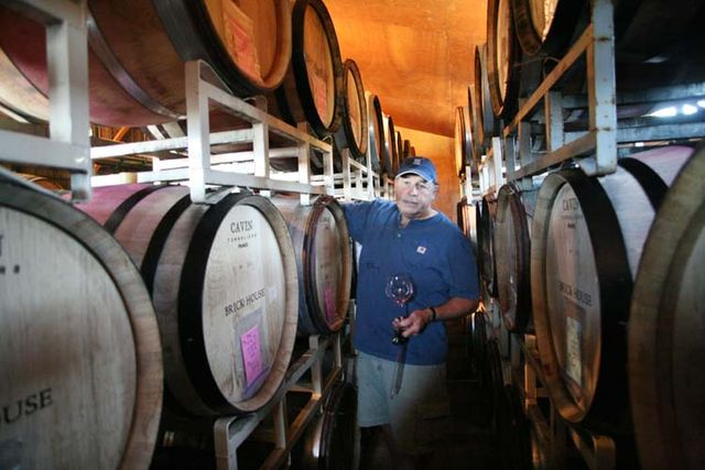 1brick_house_newberg_doug_tunnell_pinot_casks