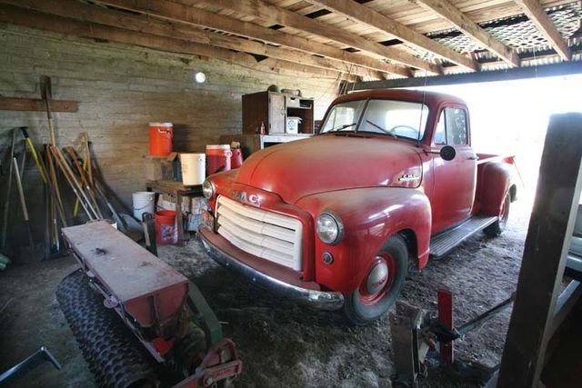 1brick_house_vintage_GMC_pickup_truck1958