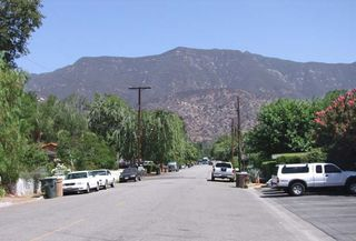 1ojai_california_street_mountains