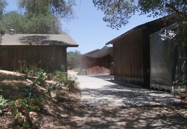 1ojai_winery_california_wooden_buildings_facility