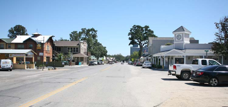 1templeton_california_main_street
