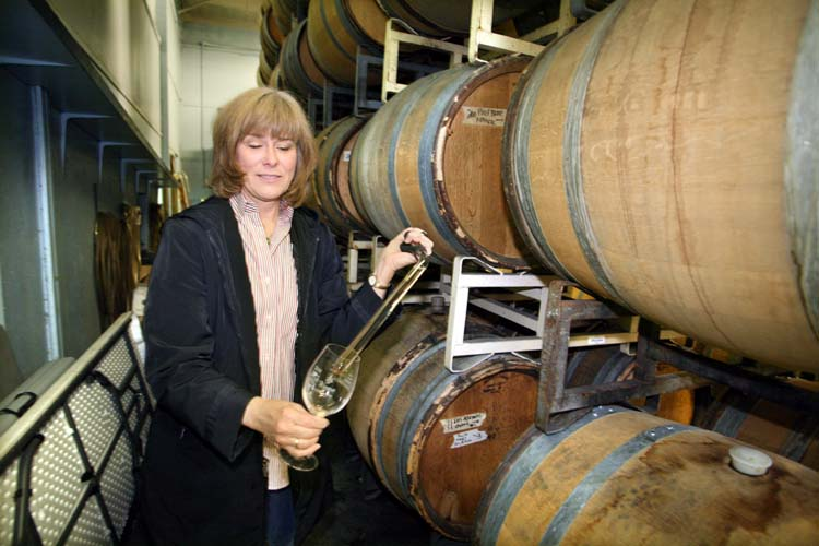 1aubonclimat_kathy_winethief_barrel