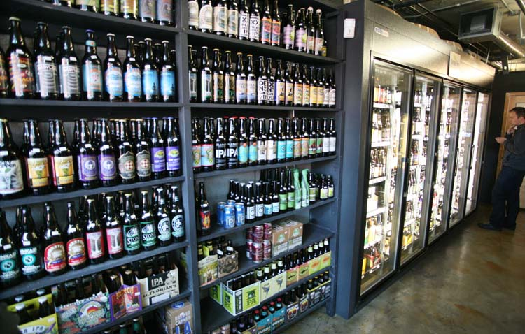 1city_beer_folsom_st_sf_wall_of_beer