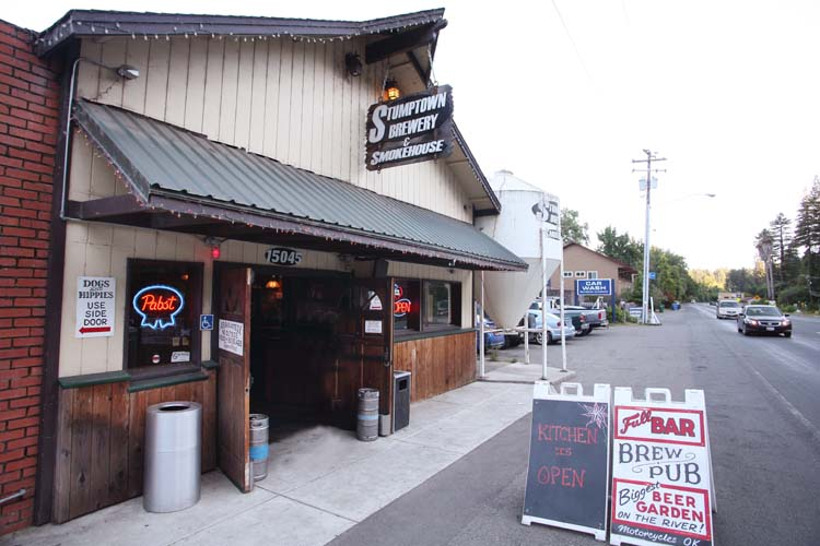 1brewery_stumptown_guerneville_CA_smokehouse