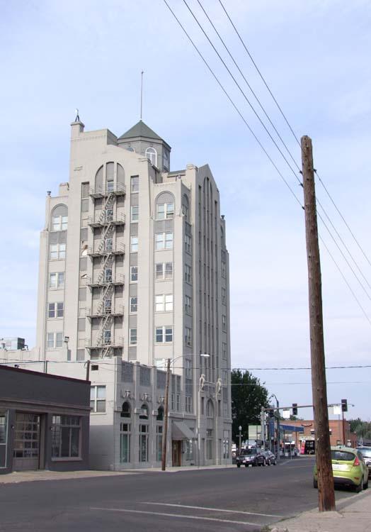 1baker_city_baker_tower_tallest_east_of_cascades