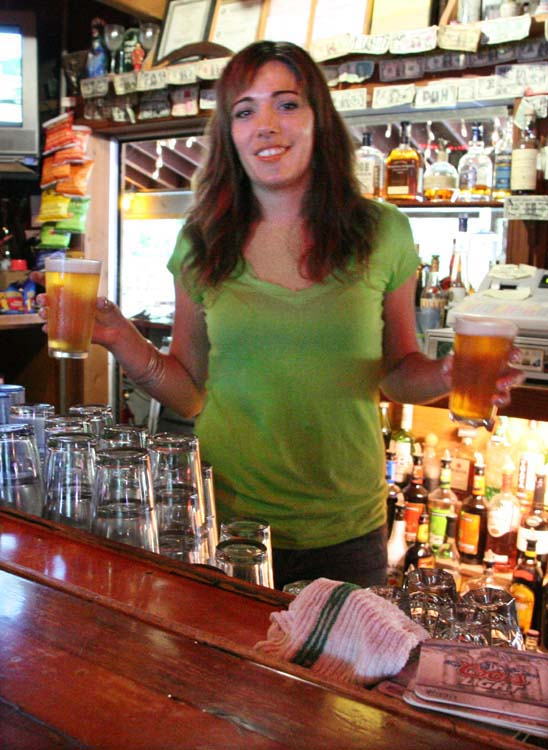 1brewery_stumptown_guerneville_CA_mary-ann