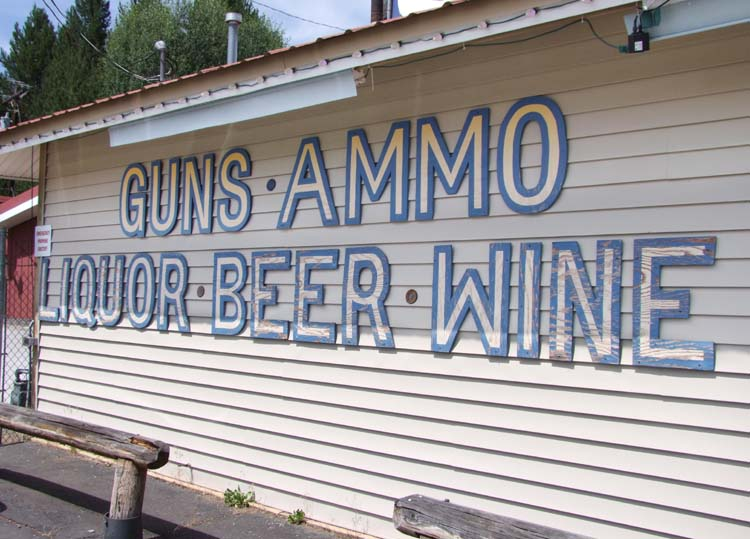 1gun_wine_beer_ammo_lapine_OR