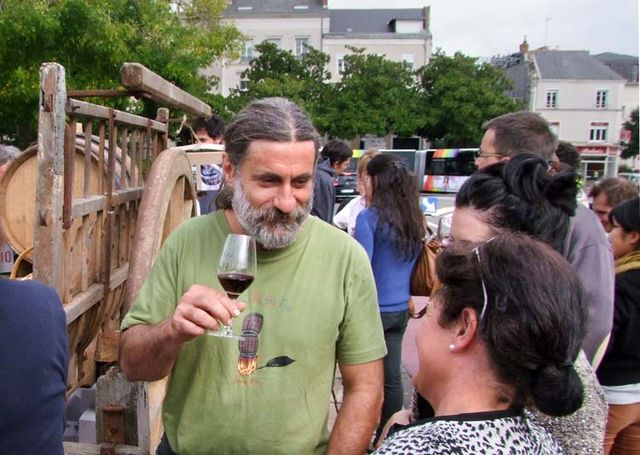 1olivier_cousin_having_a_glass_angers