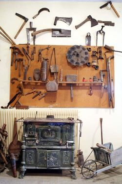 1patrick_bize_burgundy_woodcookstove_tools