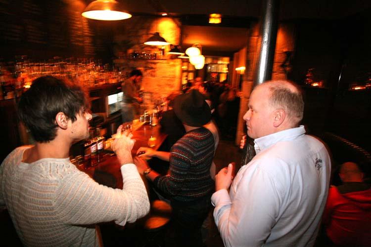 1news_bowmore_whisky_gordon_dundas
