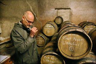 1brendan_tracey_tasting_his_wine