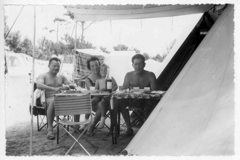 1camping_famille_1964