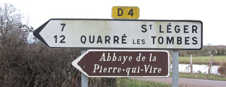 1abbaye_pierre_qui_vire_road_sign