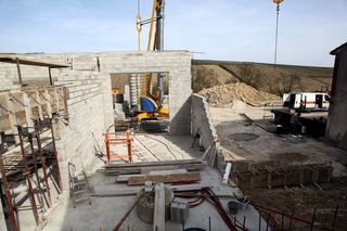 1pico_pattes_loup_new_facility_construction
