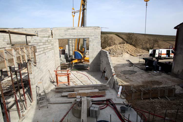 1pico_pattes_loup_new_facility_construction