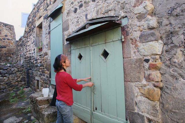 1mito_inoue_auvergne_door_cellar