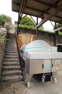 1mikael_bouges_faverolles-sur-cher_press_stairs