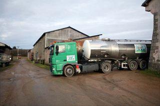 1abbaye_pierre_qui_vire_milk_truck