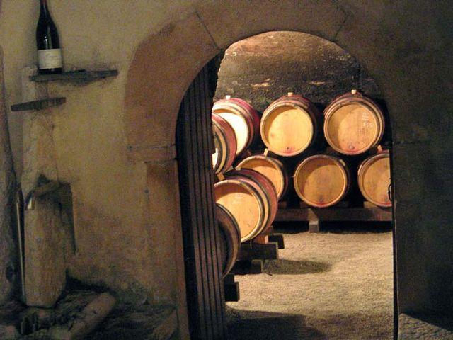 1beaujoloise2006_cellar_door