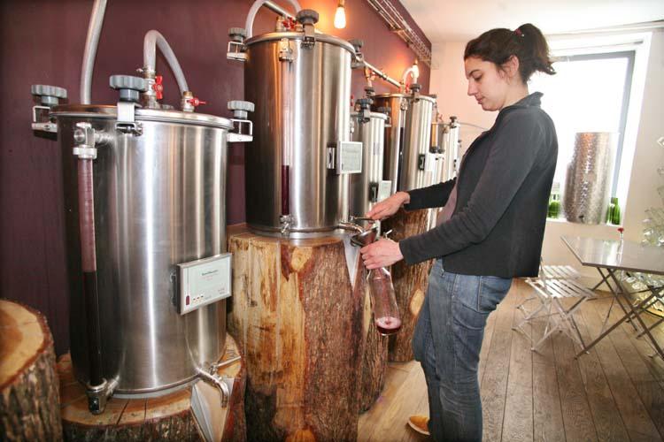 1envrac_bulk-wine_paris_leopoldine